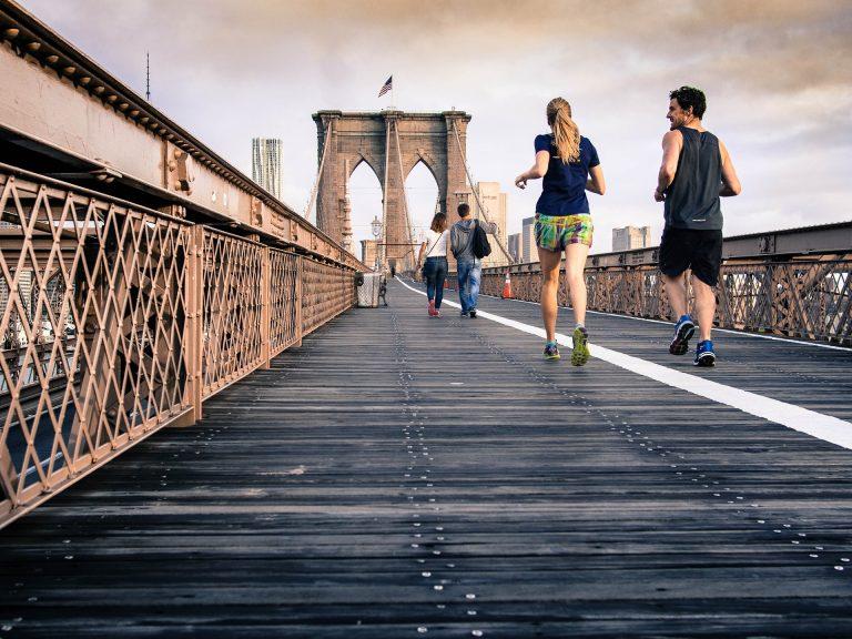 Läuferknie was tun? So beugst du den Knieschmerzen beim Joggen vor